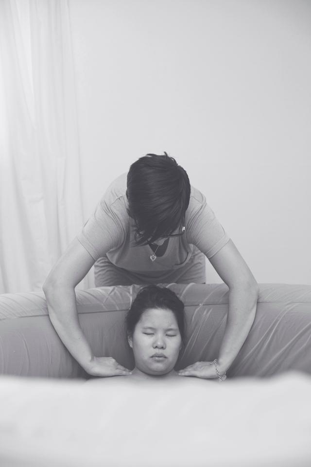 doula back rub- one thing doulas do best