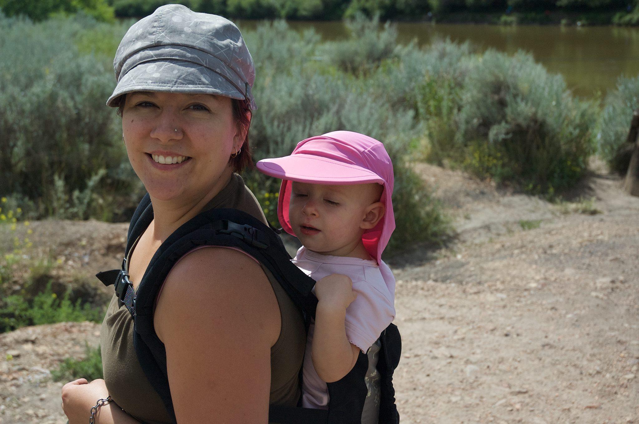The many benefits of babywearing